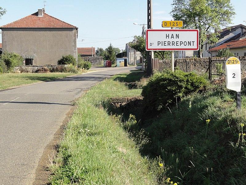Han-devant-Pierrepont (Meurthe-et-M.) city limit sign