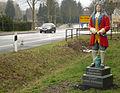 Hann Münden Ortseingang Dr Eisenbarth Figur.jpg
