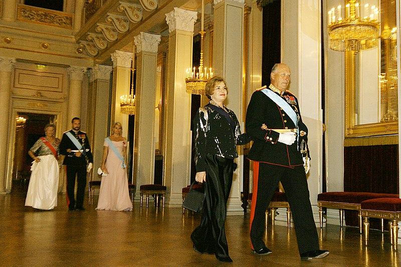 File:Harald V state dinner.jpg