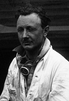 Henry Birkin at the 1929 24 Hours of Le Mans (cropped).jpg