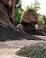 Hopewell Rocks 2 (Q1627589).jpg