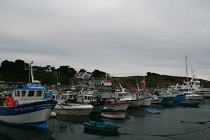 Houat - The harbour in Houat