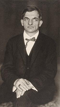 Hugo Erfurth - Portrait Joachim Ringelnatz, c. 1930.jpg
