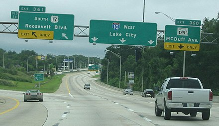 I-10 west at the interchange for US 17 Alt south in Jacksonville I-10 west at US 17 Alt.jpg