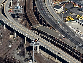 """Interstate 695 (Massachusetts) - """"Ghost ramp"""" off I-93 northbound in Somerville, which was built as a future connection to the Inner Belt and never used"""