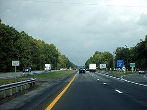 Interstate 95 in Virginia - I-95 entering Virginia from North Carolina in 2007.