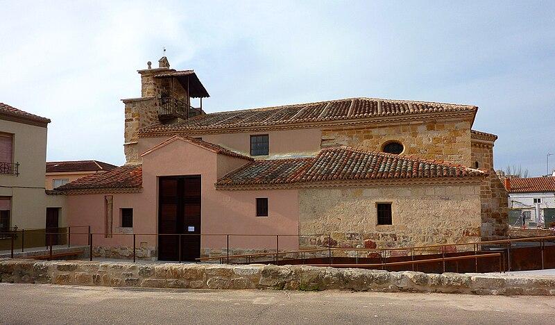 Archivo:Iglesia de San Frontis (1).JPG
