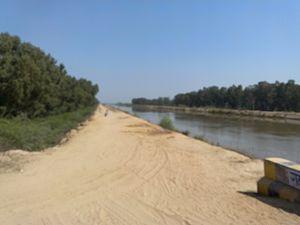 Indira Gandhi Canal - Indira Gandhi canal near Rawatsar, India.