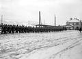 Infanterie reiht sich in Kolonne auf für den Verlad - CH-BAR - 3238296.tif