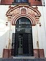 Institución Colombina puerta.jpg