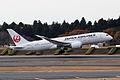 JAL B787-8 Dreamliner (JA822J) - Flickr - Kentaro Iemoto@Tokyo.jpg