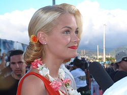 Jaime King vid premiären av Pearl Harbor på Hawaii 2001