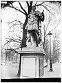 Jardin des Tuileries - Statue de Jules César - Paris 01 - Médiathèque de l'architecture et du patrimoine - APMH00037447.jpg