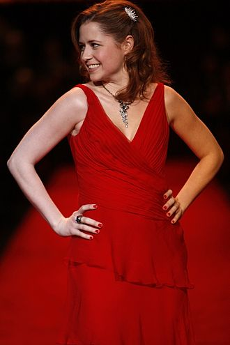 Jenna Fischer - Fischer modeling at The Heart Truth in 2008