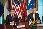 Jeong Kyeong-doo and James Mattis 181031-D-HA938-347 (45603306832).jpg