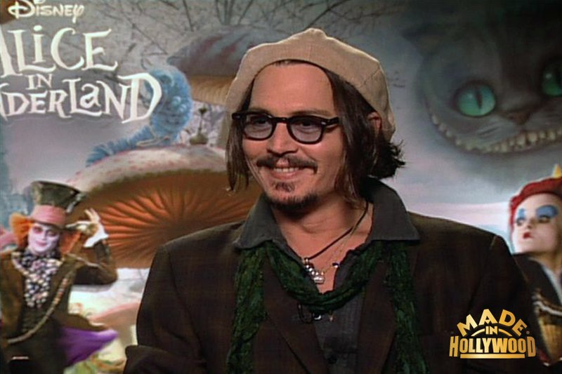 Archivo:Johnny Depp at the Alice In Wonderland Fan Event.jpg