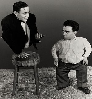 Freaks - Johnny Eck as Half-Boy and Angelo Rossitto as Angeleno