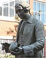 Josiah Wedgewood Statue - geograph.org.uk - 383311.jpg