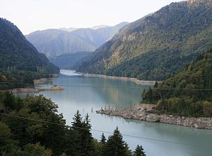 Jvari reservoir (Photo A. Muhranoff, 2011)-1.jpg