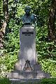 Karl August Hermann monument in Põltsamaa.JPG