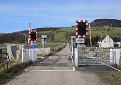 Kirkton level crossing 2014 (13175558014).jpg