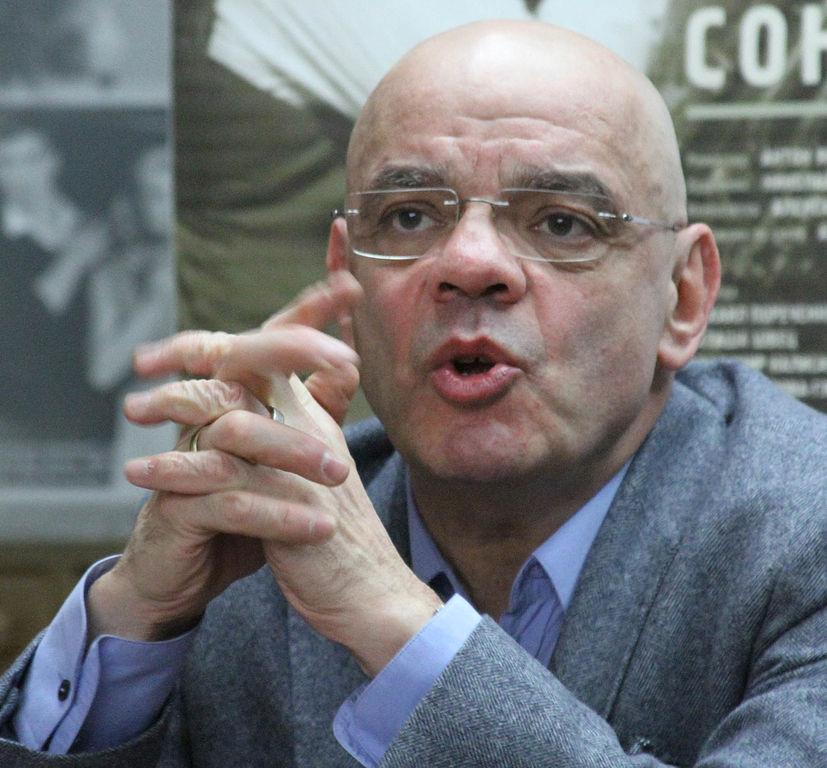 Ассоциация театральных критиков назвала человеком года Константина Райкина