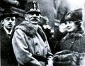 Kusmanek im Kreise seiner Familie 18. Februar 1918.png