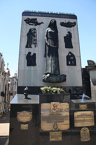 Enrique Mosconi - tomb of Enrique Mosconi in La Recoleta Cemetery