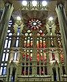 La Sagrada Familia - interior 2 - Barcelona - panoramio.jpg
