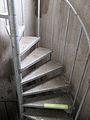 Lantmännens silo i Falköping 0716 spiraltrappa.jpg