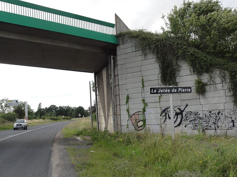 Laronxe (M-et-M) viaduc, la Jetée de Pierre