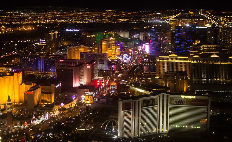 File:Las Vegas Strip 2013.jpg