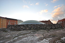 Lascar Temppeliaukio Church (4549343556).jpg