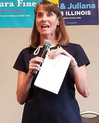 Laura Fine - Fine speaking at campaign office (August 2018)