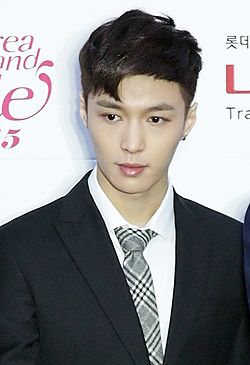 Lay Zhang at 24th Seoul Music Awards 03.jpg