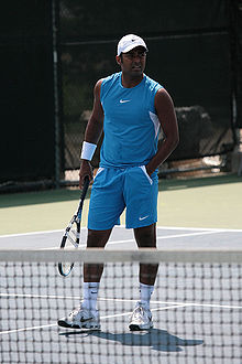 Leander Paes at the 2008 Cincinnati Masters.jpg