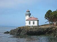 Lime Kiln Lighthouse 2.jpg