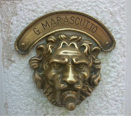 Beau Ornate Doorbell In Venice