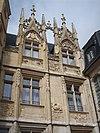 Lucarnes Hôtel Bourgtheroulde.jpg