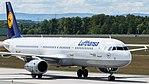 Lufthansa Airbus A321-100 (D-AIRF) at Frankfurt Airport.jpg