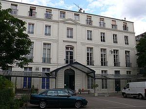 Lycée Fénelon, Paris - Image: Lycée Fénelon (Paris) bâtiment principal 2