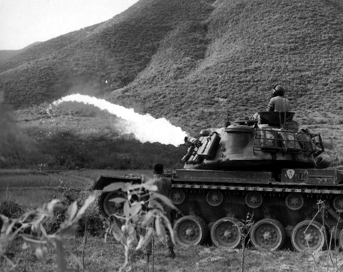 M67 Flame Thrower Tank - Wikipedia