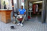 Madou Jembé, musicien de rue.jpg