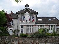 Mairie Vaugrigneuse.JPG