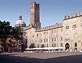 Mantua-102-Piazza-1997-gje.jpg