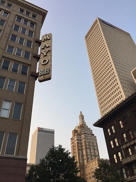 File:Mayo Building, Tulsa's First Skyscraper.jpg
