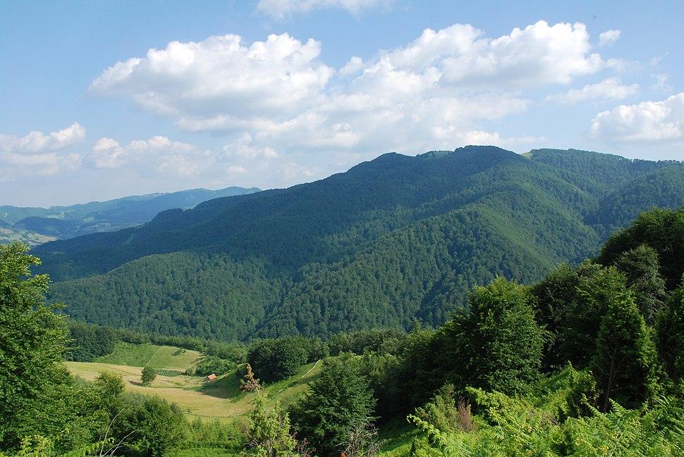 Medvednik - zapadna Srbija - selo Rebelj - mesto Vreoci - obonci i vrh planine Jablanik 2