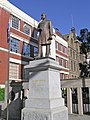 Melbourne RMIT University City-Statue of Francis Ormond (2008).jpg