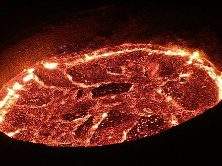 A pot of molten iron being used to make steel Melted raw-iron.jpg