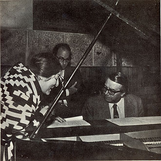 Félix Luna - Vocalist Mercedes Sosa, Luna, and composer Ariel Ramírez at work in 1972.